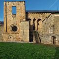 Monasterio de Sta. Mª de Carracedo, Carracedo del Monasterio. Fachada este.jpg