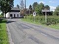 Mondrepuis (Aisne) city limit sign.JPG