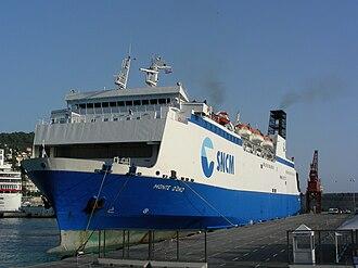 Maritima Ferries - Image: Monte d oro au port de Nice