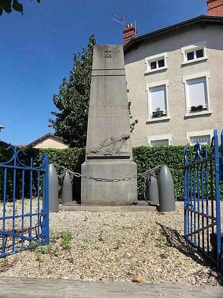 Monument aux morts de Civrieux.
