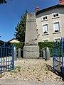 Monument aux morts de Civrieux.JPG