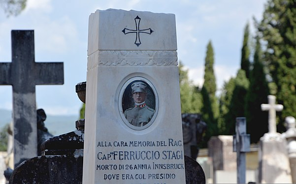 Monument to a young soldier from 1919 at the Porte Sante Cemetery in Florence.jpg