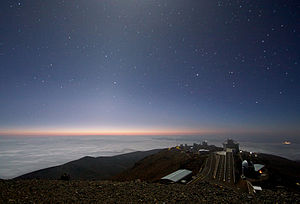 Zodiacal light - Image: Moonlight and Zodiacal Light Over La Silla Observatory