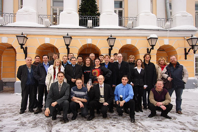 Moscow, Ten Wikipedia anniversary, group photo.JPG