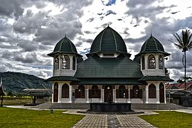 Mosque-365606.jpg