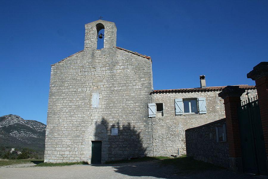 Moulès-et-Baucels (Hérault) - façade ouest de l'église de Saint-Jean-Baptiste de Moulès-et-Baucels (dite l'églisette)