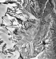 Mount Redoubt, terminus of mountain glacier and glacial remnants, August 17, 1995 (GLACIERS 6767).jpg