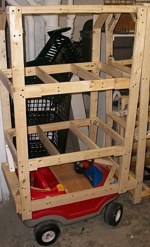 Do it yourself - Shelves attached to a toy vehicle