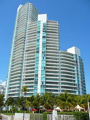 Murano at Portofino - The Murano at Portofino residential tower in Miami Beach. Photo: Marc Averette