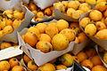 Nèfle au marché de la casbah d'Alger.JPG