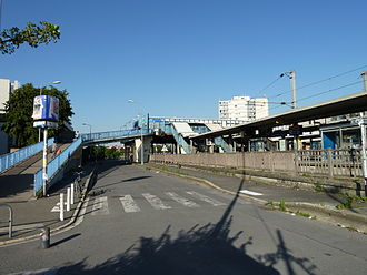 Nanterre–Université station - Nanterre–Université