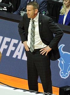 Nate Oats American basketball coach