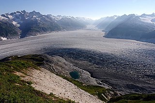 mountain sub-range of the Aleutian Range in south-eastern Alaska, USA