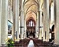 Nef de l'église Saint Cerneuf.jpg