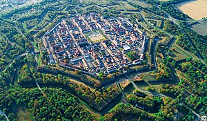 Neuf-Brisach, Haut-Rhin, Frankrijk.jpg