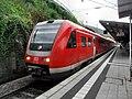 Neustadt (Weinstraße) Hauptbahnhof- auf Bahnsteig zu Gleis 5- Richtung Kaiserslautern (RE 612 641) 11.10.2009.jpg