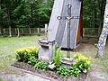 Nisko - okolice kaplicy grobowej w Warchołach-1.jpg