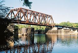 Northern Pacific-BNSF Minneapolis Rail Bridge.jpg