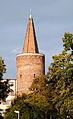 OPOLE Wieża Piastowska XIIIw -widok z ulicy piastowskiej. sienio.jpg