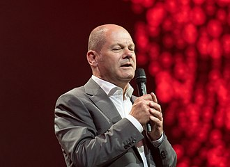 Olaf Scholz - Scholz speaking at the Global Citizen Festival 2017 in Hamburg