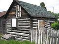 Old shack (3665672480).jpg