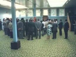 Bestand:Opening van een islamitisch gebedshuis in 1974 in Nederland.ogv