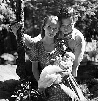 Louise Dahl-Wolfe - Photograph of Orson Welles and his family taken by Dahl-Wolfe, published in Harper's Bazaar
