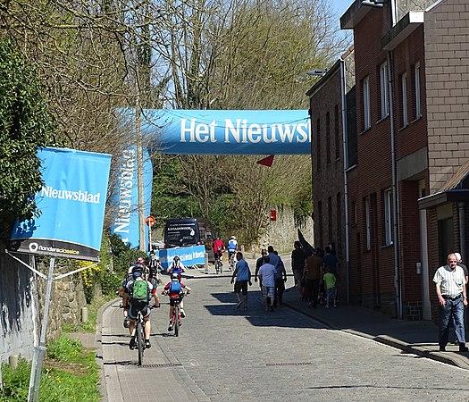 Overijse - Brabantse Pijl, 15 april 2015, aankomst (A01).JPG