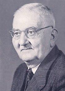 P Hermann Römer Web.jpg