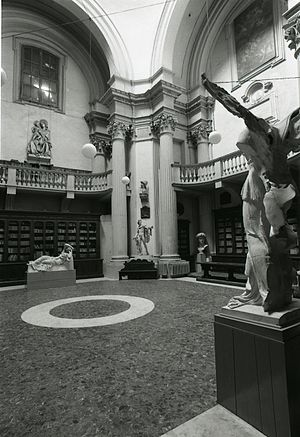 Accademia di Belle Arti di Bologna - The interior of the Accademia in 1974