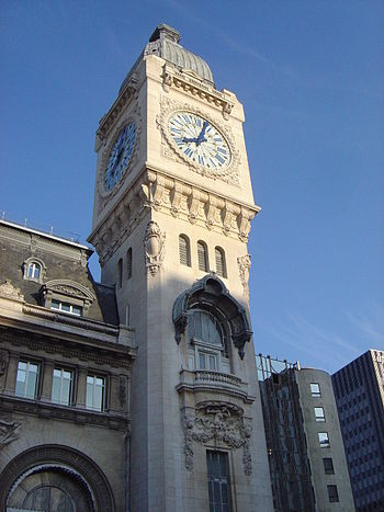 Paris Gare de Lyon clock tower dsc03815.jpg