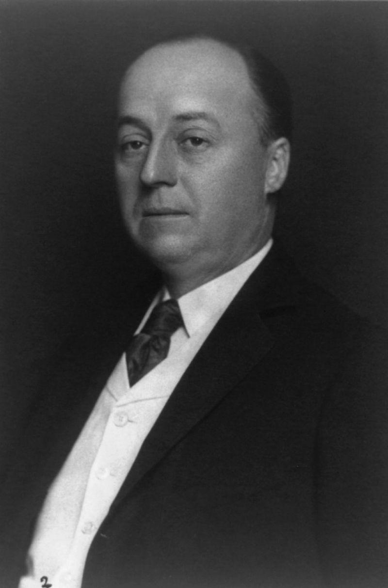 Philander Knox, bw photo portrait, 1904.jpg