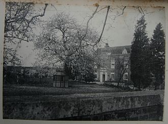 Harlington, London - Photograph of Dawley House, in the spring of 1902.