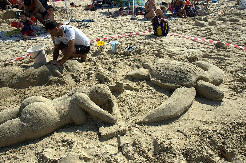 אומנות בחול