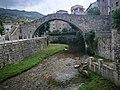 Pont gòtic de la Pobla de Lillet.jpg