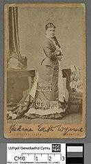 Madame Edith Wynne