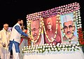 Prakash Javadekar paying floral tribute to Mahatma Gandhi and Lal Bahadur Shastri on their birth anniversaries, at the annual cultural celebration of Vidya Bharati Akhil Bharatiya Shiksha Sansthan, in Kolkata.jpg