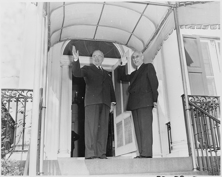 Prime Minister Mosaddegh with US President Truman in 1951 President Truman and Prime Minister Mohammad Mossadegh of Iran.TIF