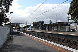 Preston railway station, Melbourne - Northbound view from Platform 2 in August 2015