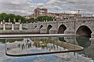Bridge of Segovia (Madrid) - Image: Puente de Segovia (Madrid) 05