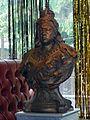 Queen Victoria Bust EastEnders.jpg