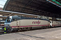 RENFE 252-066-6 - Valencia Nord - 2014-07-30 02.jpg