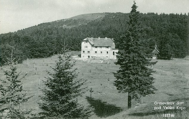 Grmovšek Lodge Below Big Kopa
