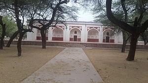 Tombs of Battashewala Complex - Refurbished Bara Battashewala Tomb