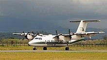 https://upload.wikimedia.org/wikipedia/commons/thumb/f/f3/Regional_Air_Arusha.jpg/220px-Regional_Air_Arusha.jpg