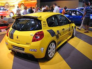 Renault Clio Cup - Flickr - robad0b.jpg