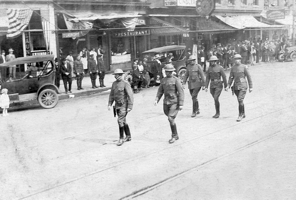 Returning WWI soldiers in Columbia, South Carolina (April 1919)