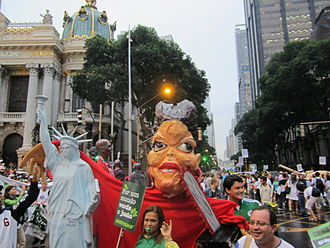 United Nations Conference on Sustainable Development - Image: Rio+20 statue of liberty and Dilma Rousseff