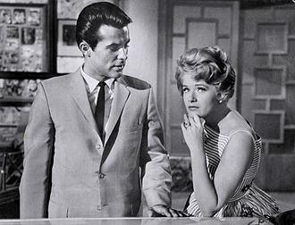 Robert Conrad - Robert Conrad with co-star Connie Stevens on Hawaiian Eye, 1961