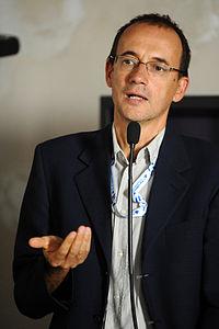 Roberto Casati - Festivaletteratura 2012.JPG
